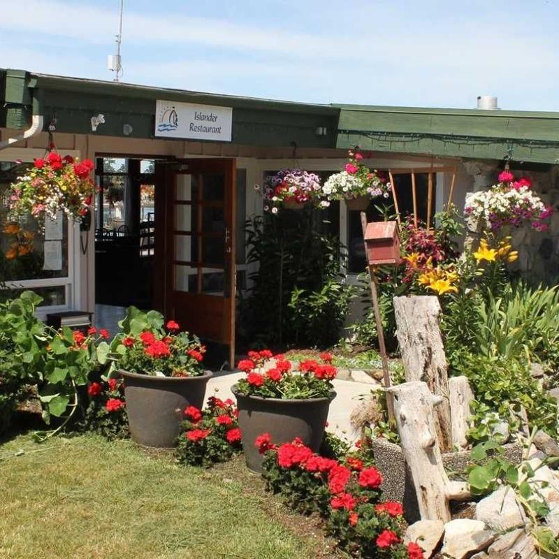 Lopez Islander Resort - Front