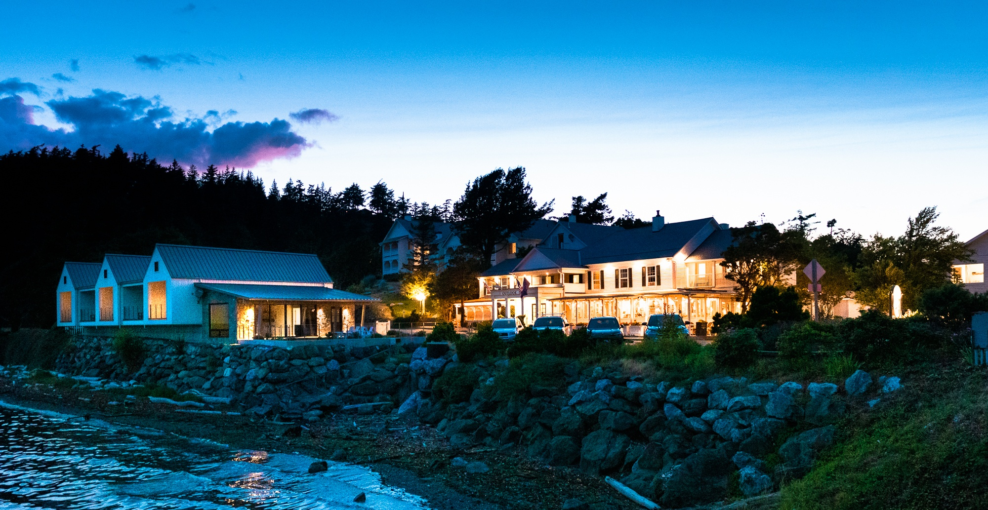 one of the best hotels on orcas island in the san juan islands outlook inn