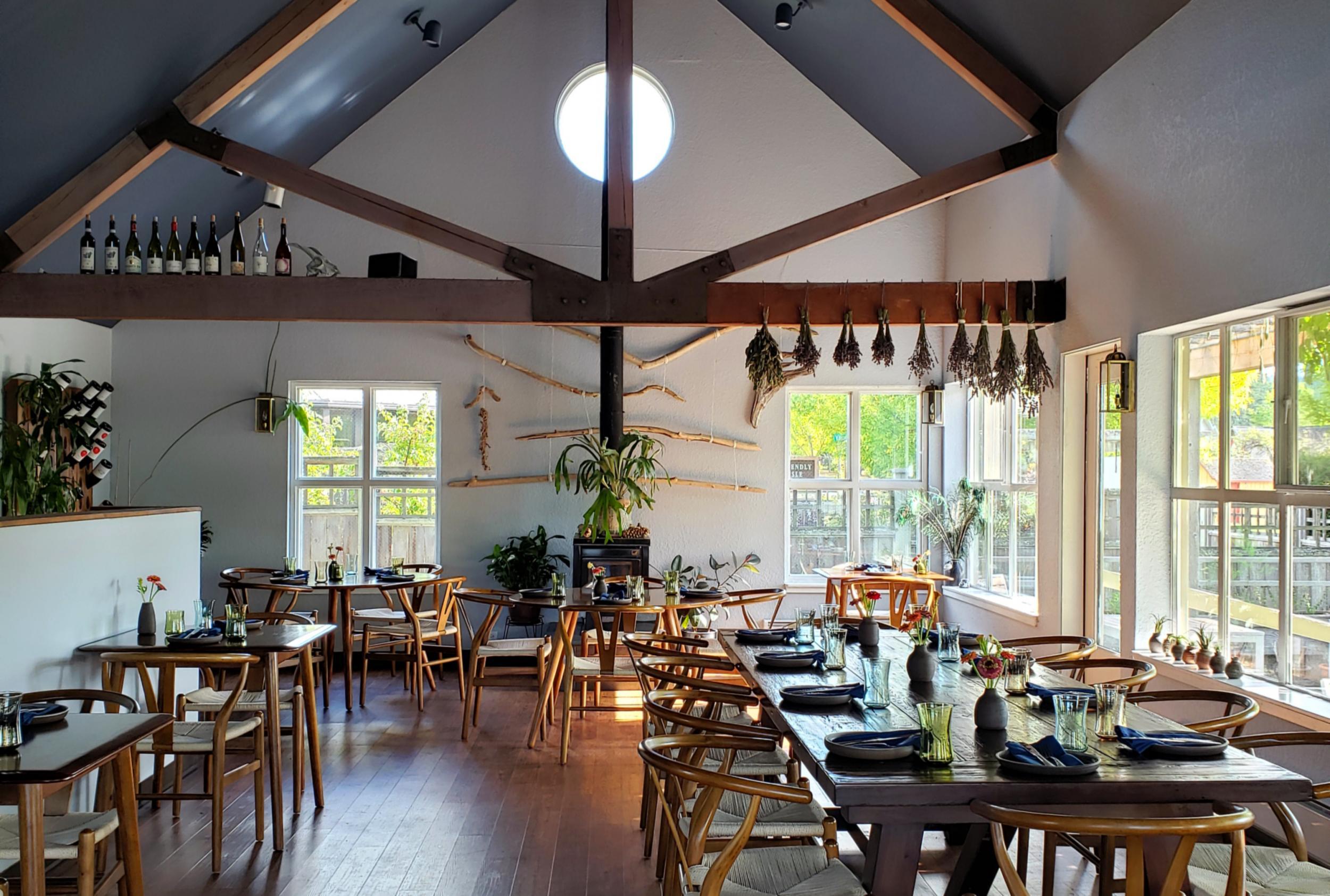 Ursa Minor - dining room - Lopez Island